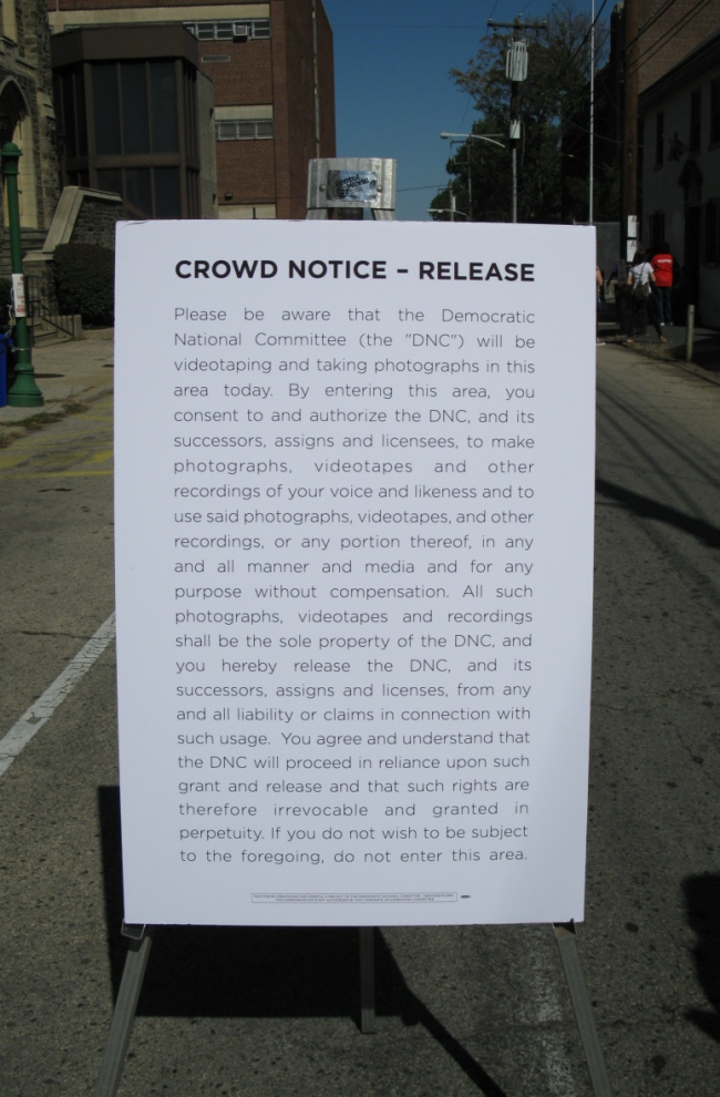 Crowd notice