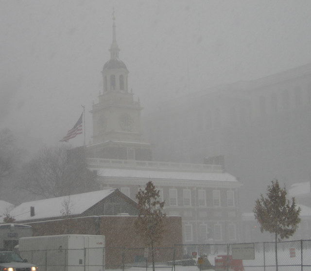 Independence_hall_snow